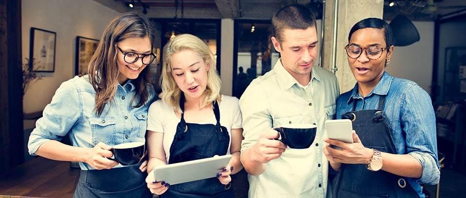 Clientes descubriendo nuestras redes sociales